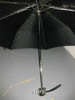 Authentic Gucci Vintage Folding Umbrella Black 36 inches across, point to point