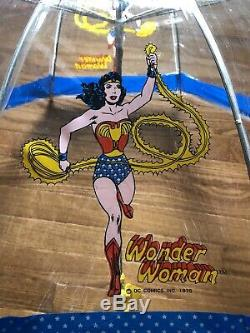 Extremely Rare! 1975 Vintage Wonder Woman Child's Umbrella. Pristine Condition